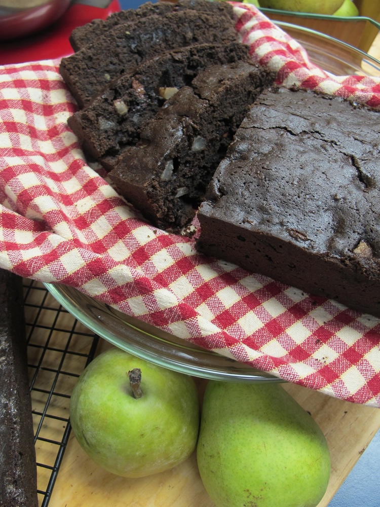 chocolate-pear-bread