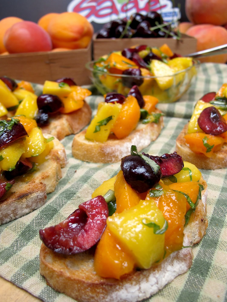 Summer Fruit Bruchetta
