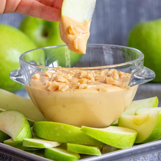 Crunchy Apple & Butterscotch Dippers